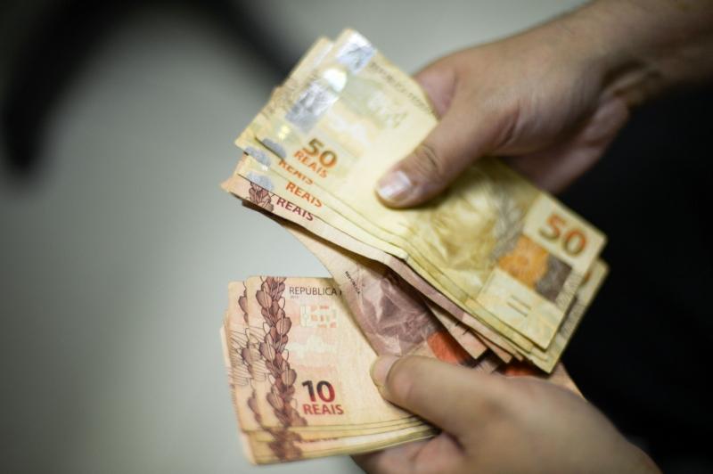 Congresso aprova Orçamento para 2018 e salário mínimo de R$ 965