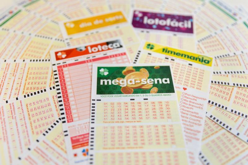 Mega-Sena acumula e pode pagar R$ 34,4 milhões