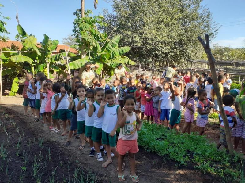 Jornada de Educação Alimentar e Nutricional promovida pelo FNDE