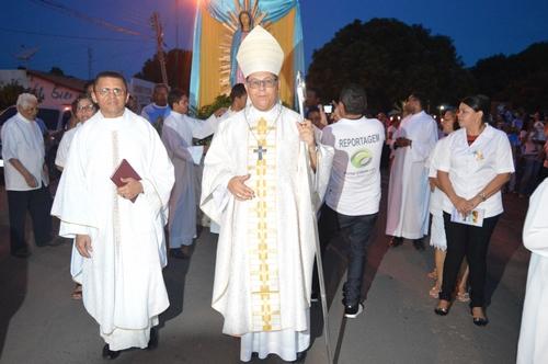 Com Procissão, Missa e a Presença do Bispo Dom Edivalter termina Novenário e Festa da Padroeira