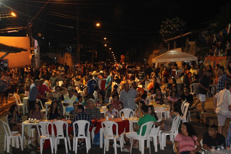 Grande arraial do Bairro Cristo Rei reúne centenas de famílias
