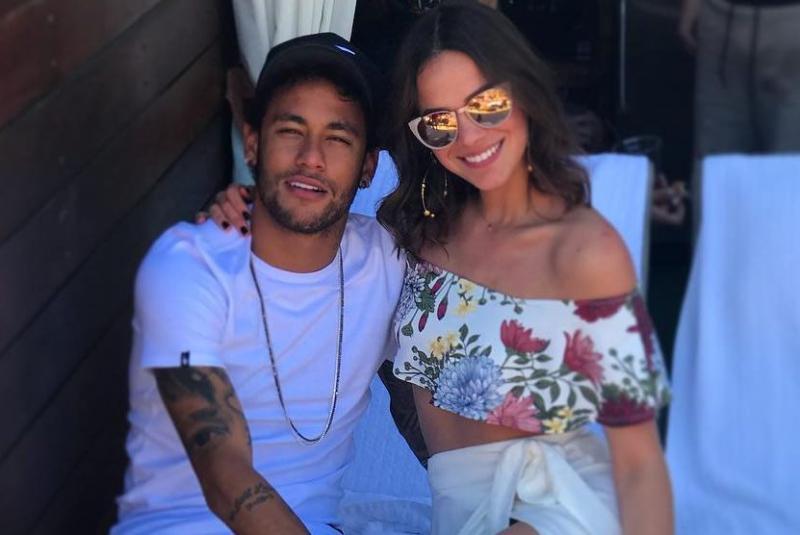 Neymar admite que reataria namoro com Bruna Marquezine: 'por gostar muito'