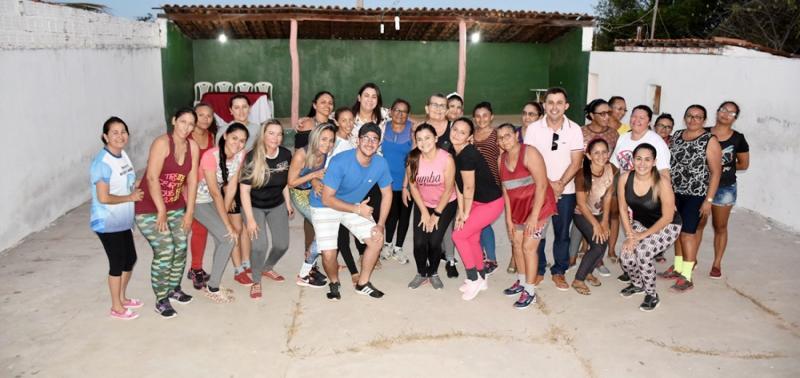 Secretaria de Cultura promove primeira aula de Zumba na comunidade Pocinhos