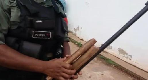 Homem tenta matar o próprio irmão com tiro de espingarda