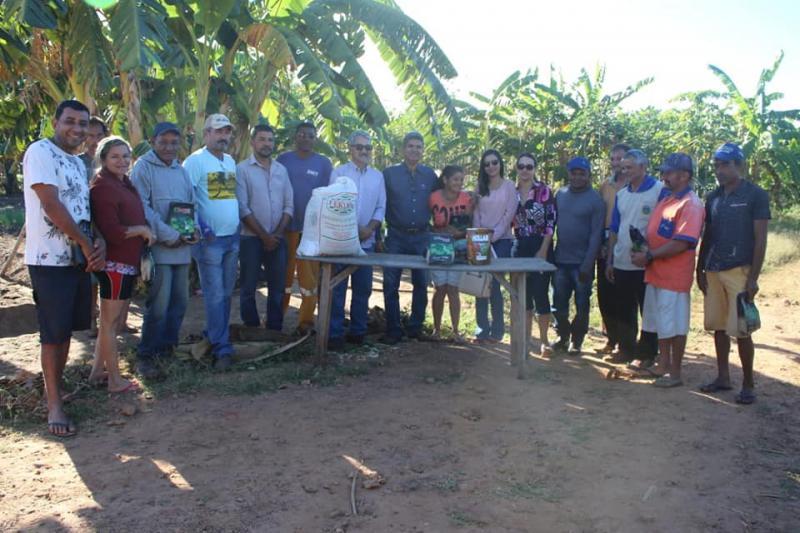 Prefeitura de Corrente fomenta agricultura familiar