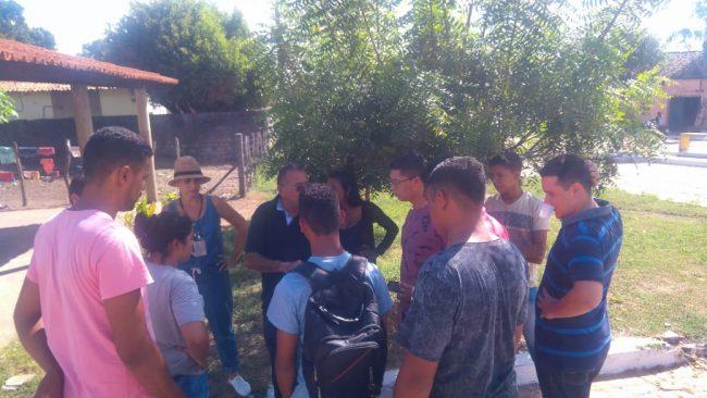 Empresa de fornecimento de água realiza treinamento com cadastradores