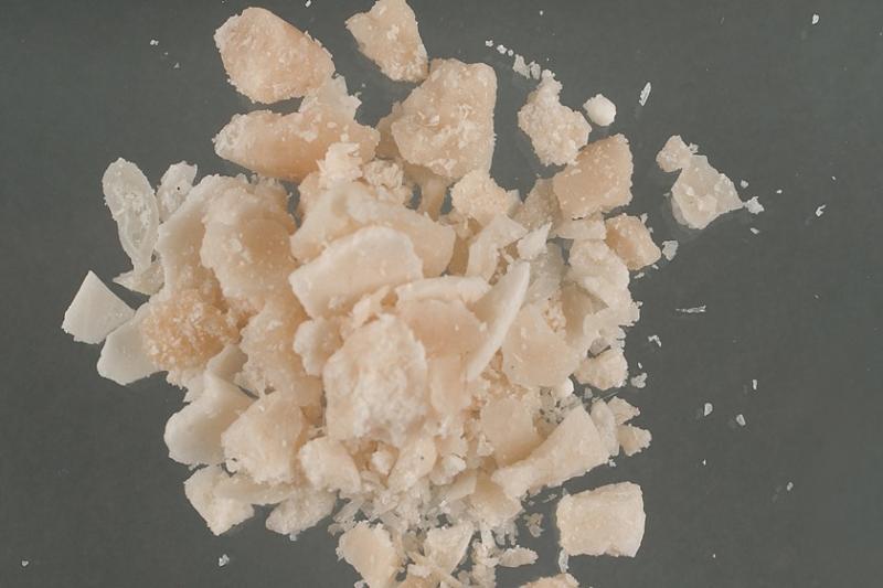 Criança de 2 anos é internada na UTI após engolir pedra de crack