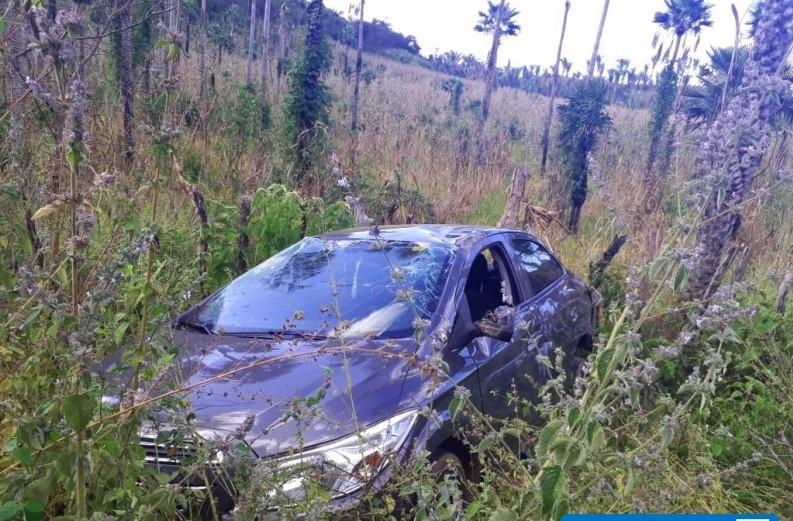 Vereador e mais quatro pessoas sofrem acidente na PI-214