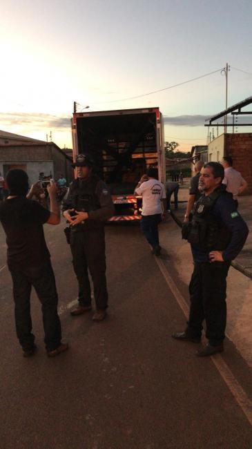 Três são presos com material roubado de obra da prefeitura de Teresina