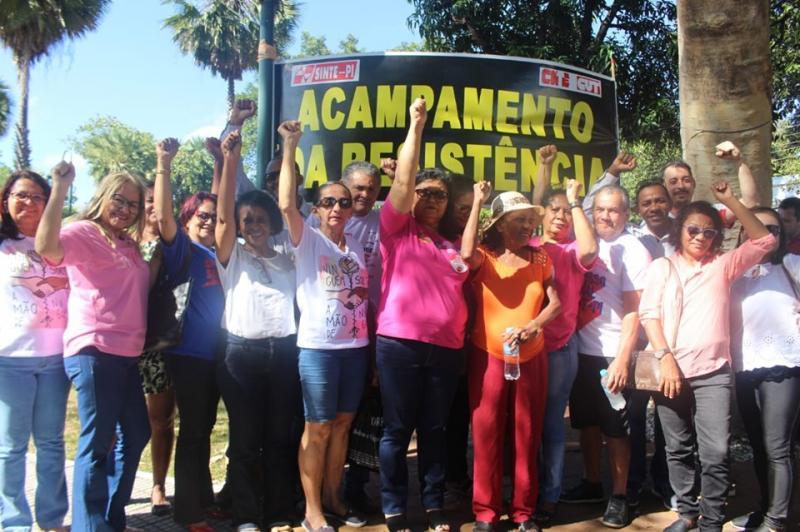 Câmara de Teresina aprova projeto que 'retira direito' de professores