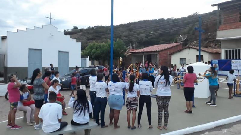 Prefeito de Oeiras inaugura Academia da Saúde e campo de futebol