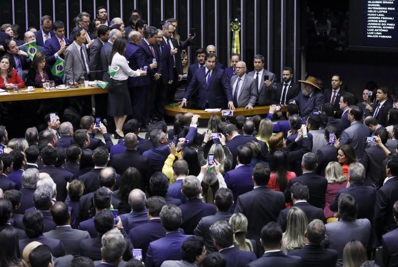 AO VIVO: Câmara retoma votação sobre mudanças na Previdência