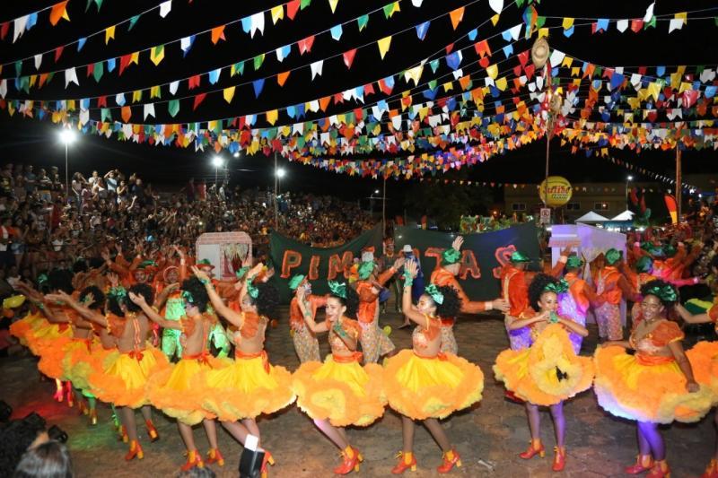 1º noite do VII Festival São João na Roça em Altos
