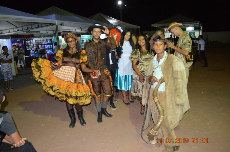 Veja como foi a abertura da Feira Cultural em Colônia do Gurgueia