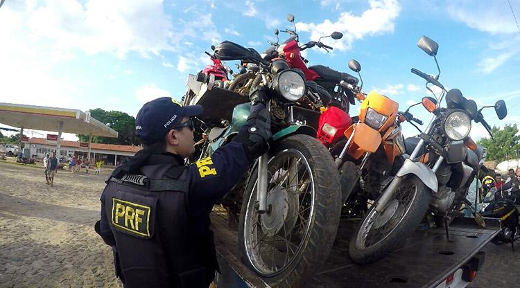 PRF apreende 180 motocicletas irregulares em dois dias no Piauí