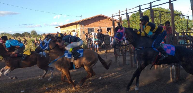 Olho D'água realiza a tradicional cavalgada