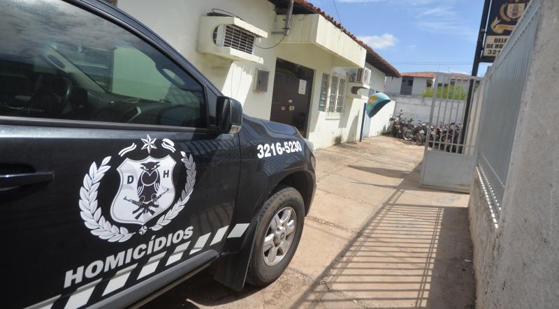 Jovem de 16 anos é encontrado morto e amarrado em Teresina