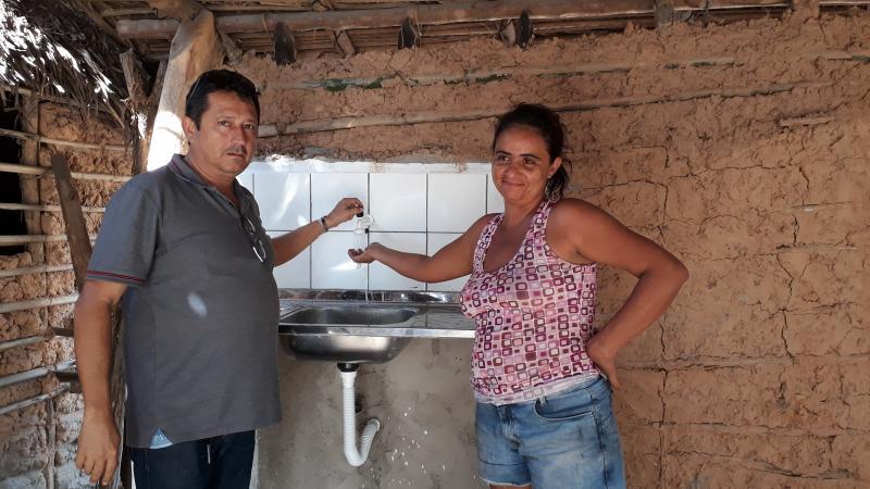 Comunidade é beneficiada com 24 unidades de banheiro sanitário