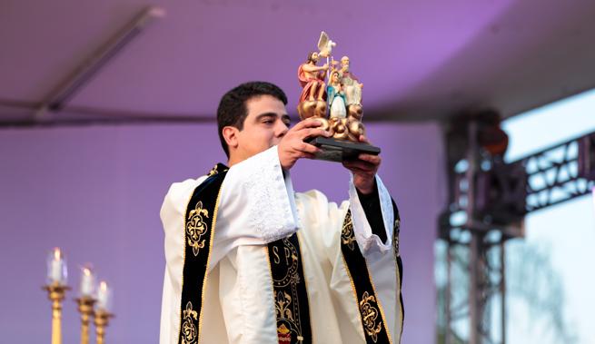 Diocese inicia os preparativos para a visita do Padre Robson a Campo Maior