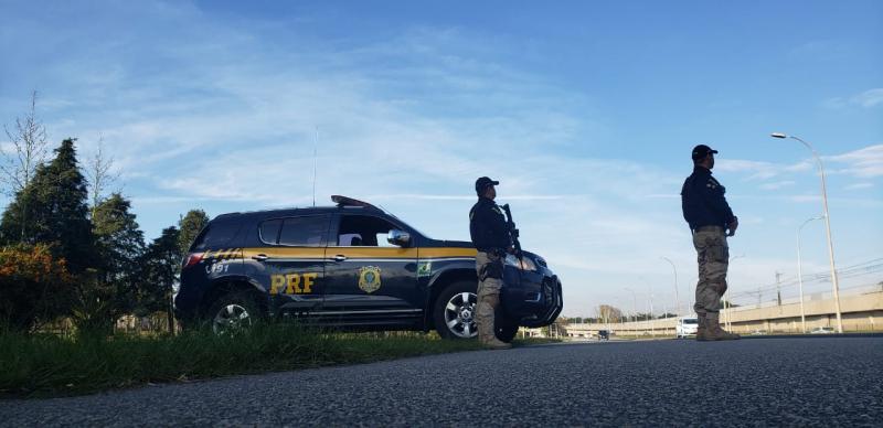 Veículos de grande porte são fiscalizados nas rodovias piauienses