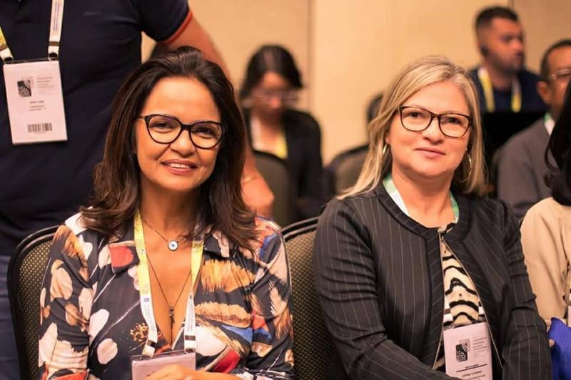 Jeanne Nefertit participou de Congresso das Secretarias Municipais de Saúde