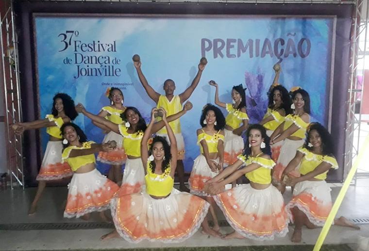 Companhia de Dança Beija-Flor se apresenta no Festival de Joinville