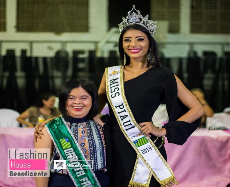 I Fashion House Beneficente promovido pela Miss Piauí em Miguel Alves