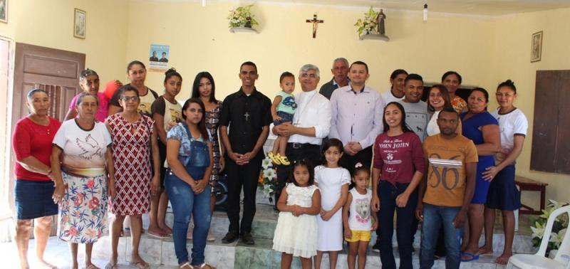 Missa acolhe missionários na Primeira Visita Pastoral