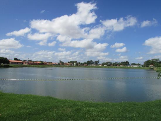 Homem morre afogado em lagoa de Teresina