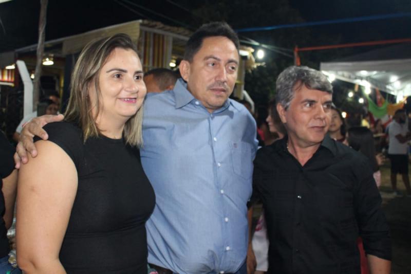 Prefeito Walter Alencar participa da 19ª Semana Cultural de Monsenhor Gil