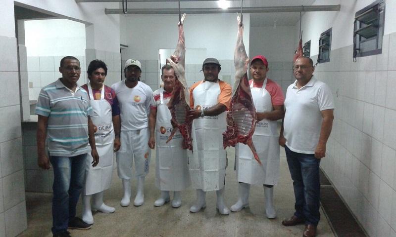 SIM evitou comercialização de 02 toneladas de carne imprópria para consumo