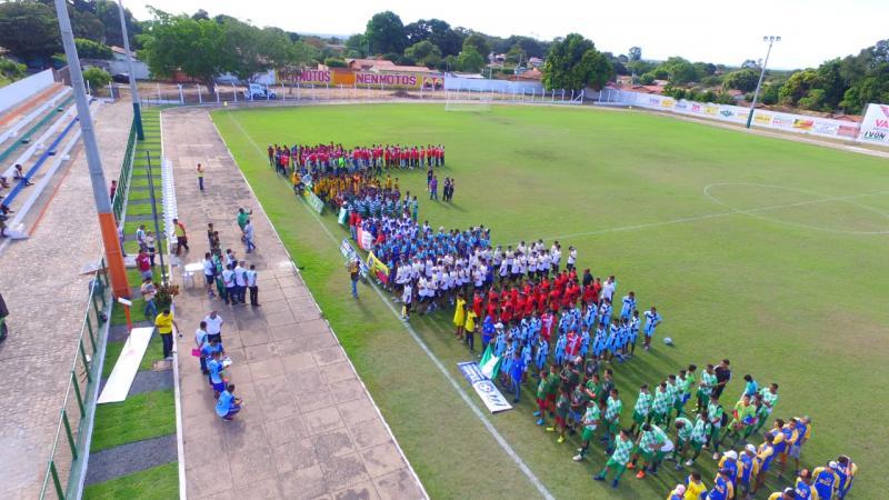 Cerca de 600 atletas participam da abertura da 5ª Copa Água Branca Nordeste