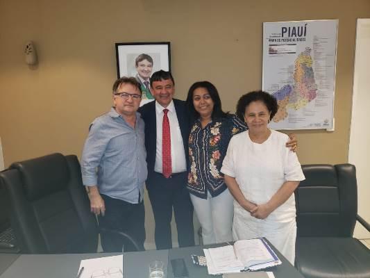 Obras em Colônia do Gurgueia serão concluídas, garante o Governador
