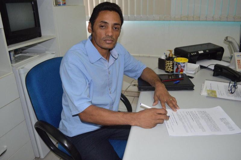 Prefeitura de Barra D'Alcântara realiza pagamento do 13º salário de servidores municipais