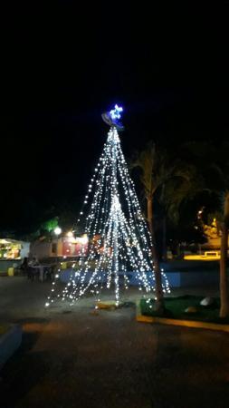 Prefeitura de Landri Sales realizou a ornamentação das praças