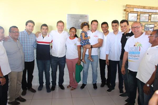 Deputado Rafael Leitoa participa de inauguração em Timon