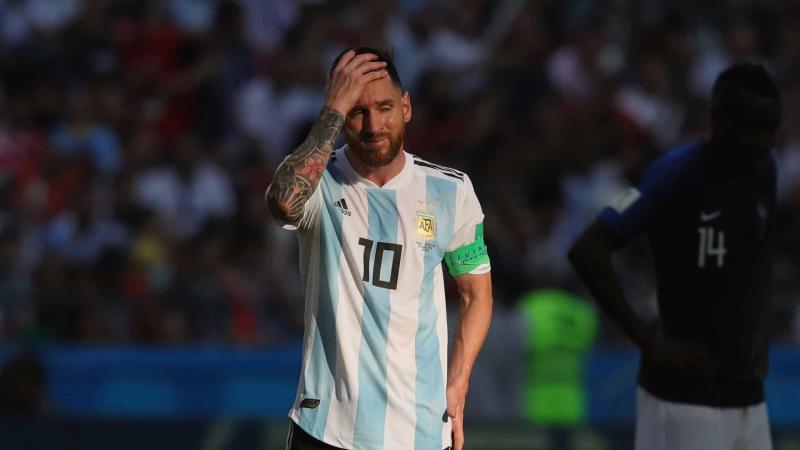 Conmebol suspende de Messi por expulsão em SP e aplica multa