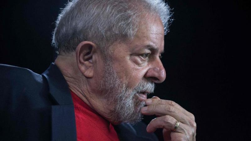 Justiça absolve Lula de crimes em caso da Odebrecht, mas o mantém réu