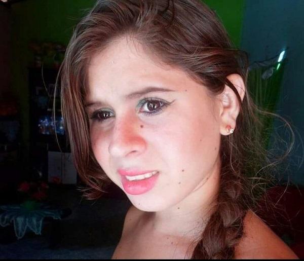 Família pede ajuda para encontrar jovem desaparecida