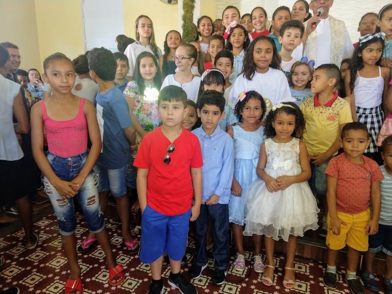 Demerval Lobão | Missa das crianças na programação do festejo; fotos