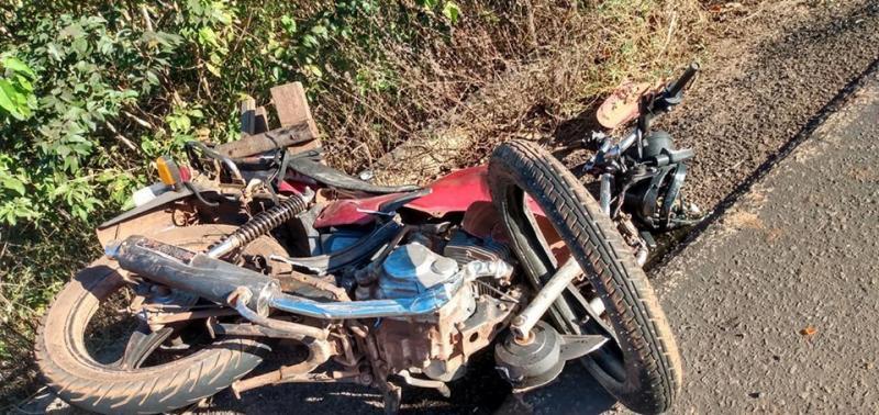 Motociclista morre após colisão entre moto e carro na PI 112