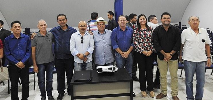 Comissão da Famem vai a Brasília em busca de solução para bloqueio de FPM