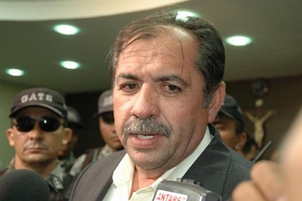 Ex-coronel Correia Lima é levado pela Polícia Federal para audiência