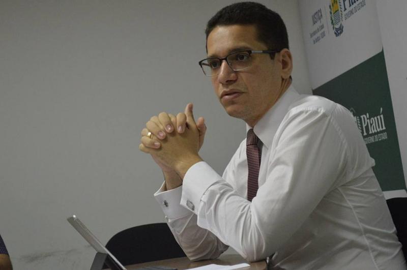 Daniel Oliveira admite que Estado não tem como nomear concursados