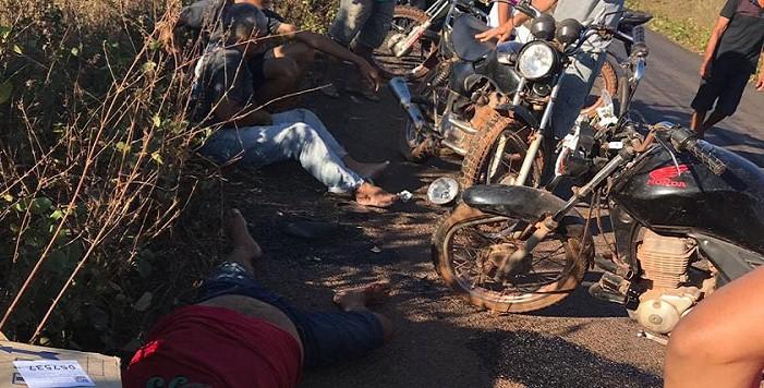 Homem tem morte imediata após colisão entre motos