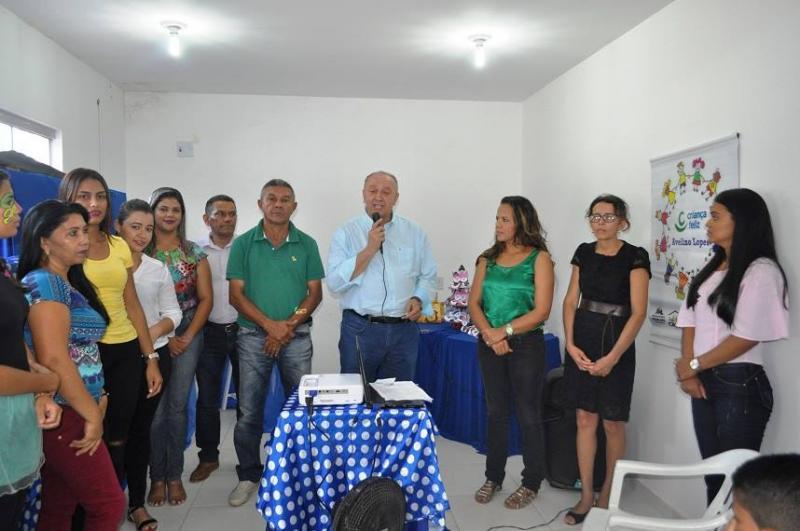 Prefeitura de Avelino Lopes encerra programa Criança Feliz no município
