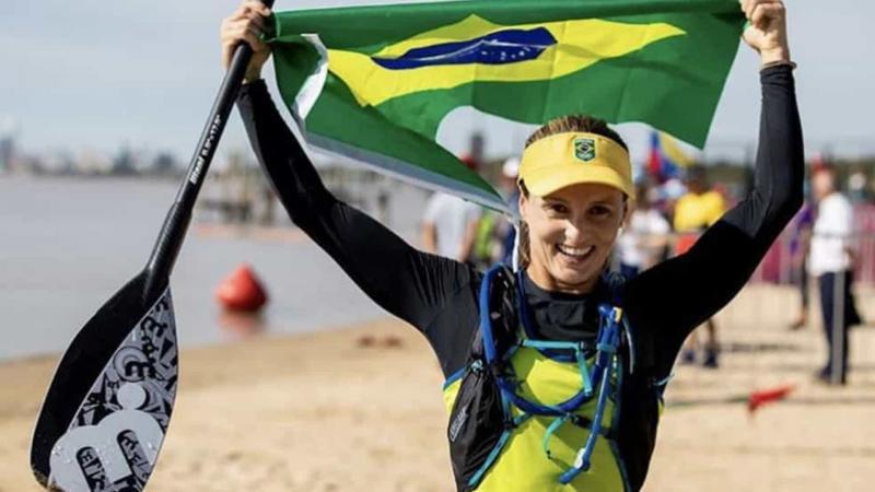 Brasil consegue ouro e prata no surfe do Pan de Lima