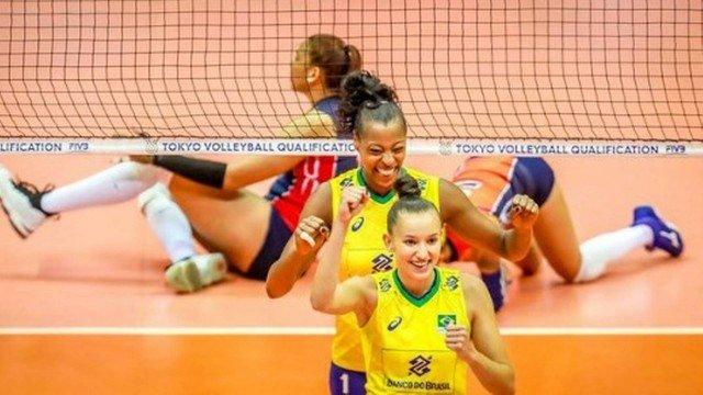 Seleção feminina de vôlei garante vaga na Olimpíada de Tóquio