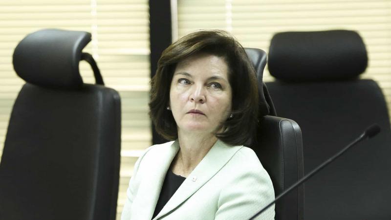 Ministros do STF fazem campanha a favor de Raquel