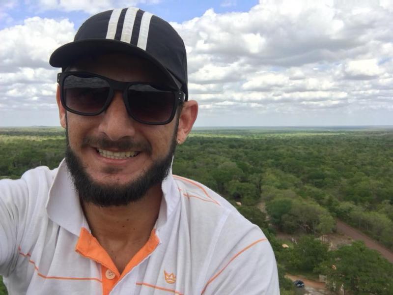 Filho do dono da Terno & Cia morre após cair de poste no Piauí